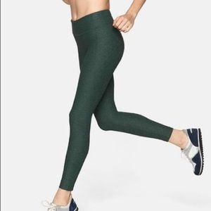 NWT Outdoor Voices 7/8 Warm up leggings - S